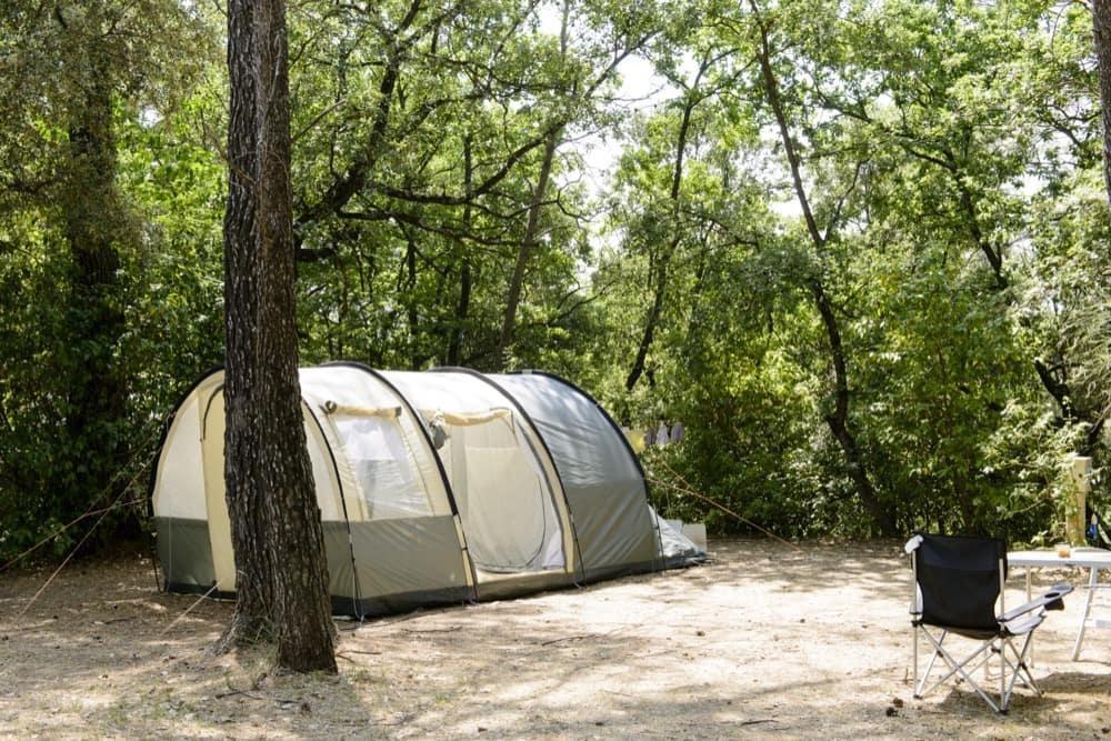 emplacement tente gard uzes nimes ceyrargues