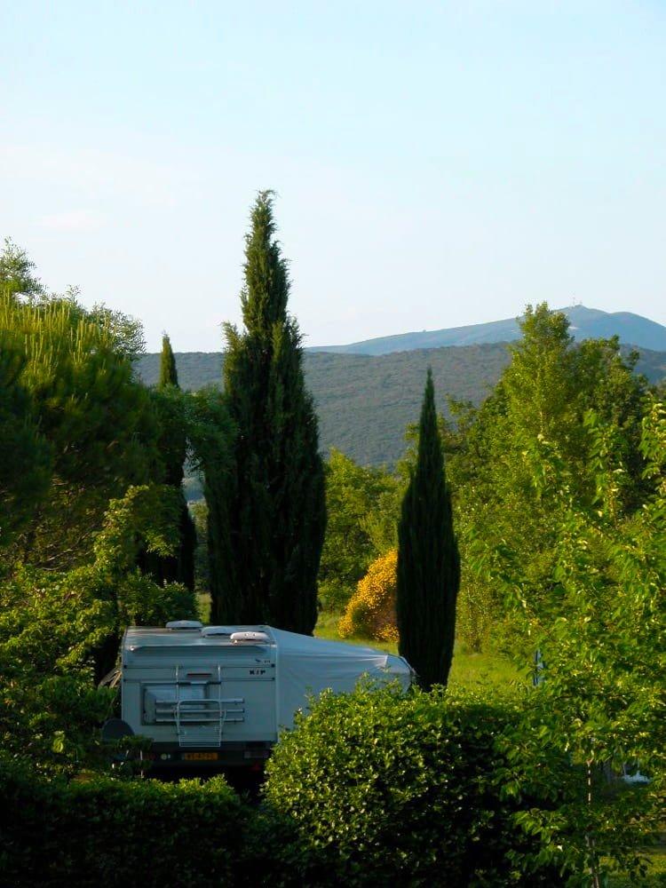 location emplacement à Uzès