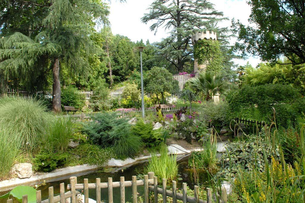 le parc de la tour vielle à Ales